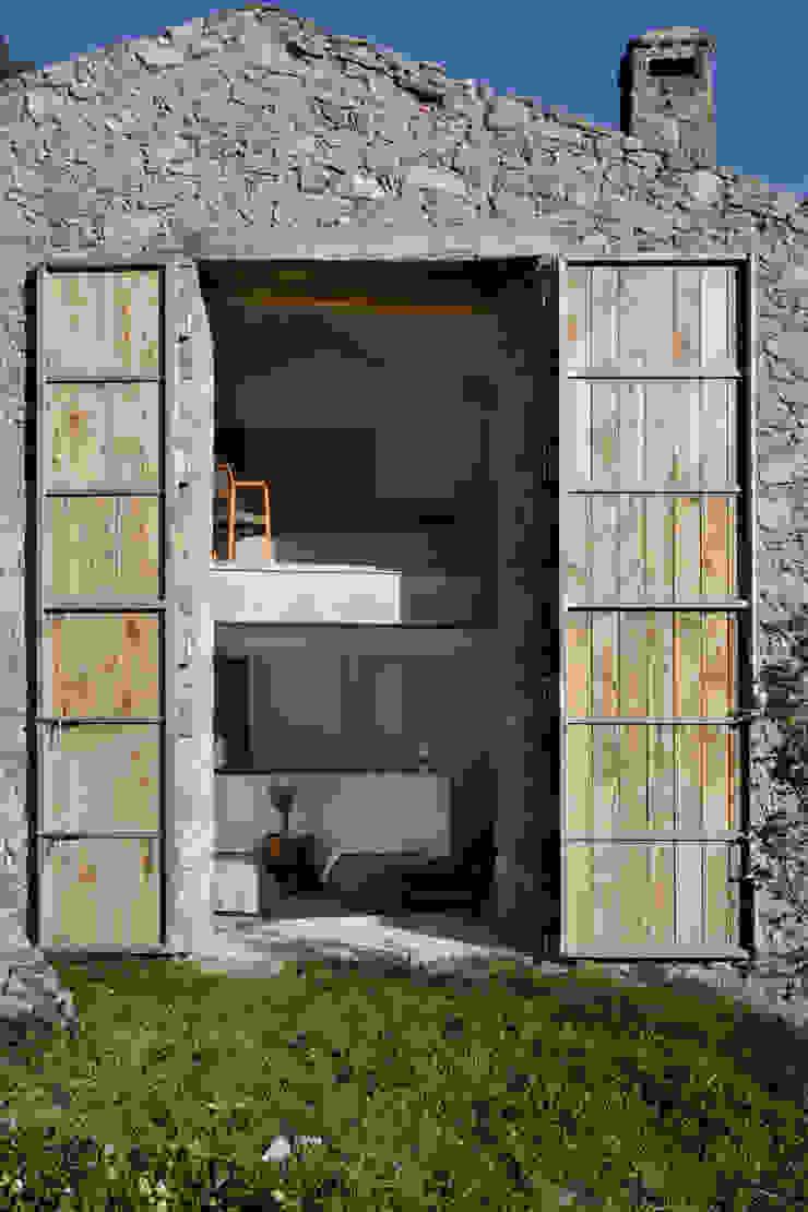 Modern houses by ÁBATON Arquitectura Modern