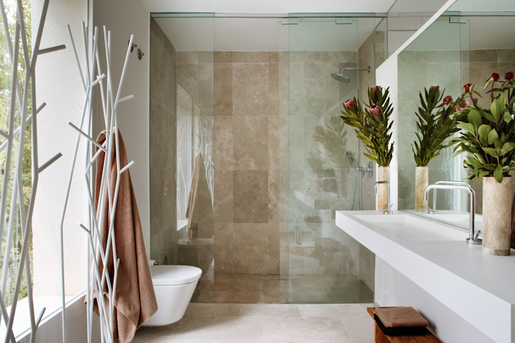 Modern style bathrooms by ÁBATON Arquitectura Modern