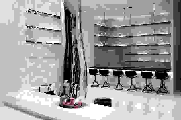 Joe Ginsberg Design Hotel Modern Metallic/Silver