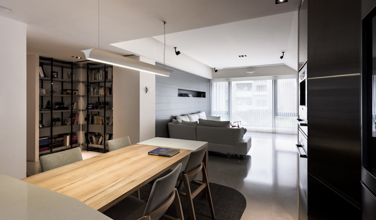 Salas de estilo moderno de 直譯空間設計有限公司 Moderno