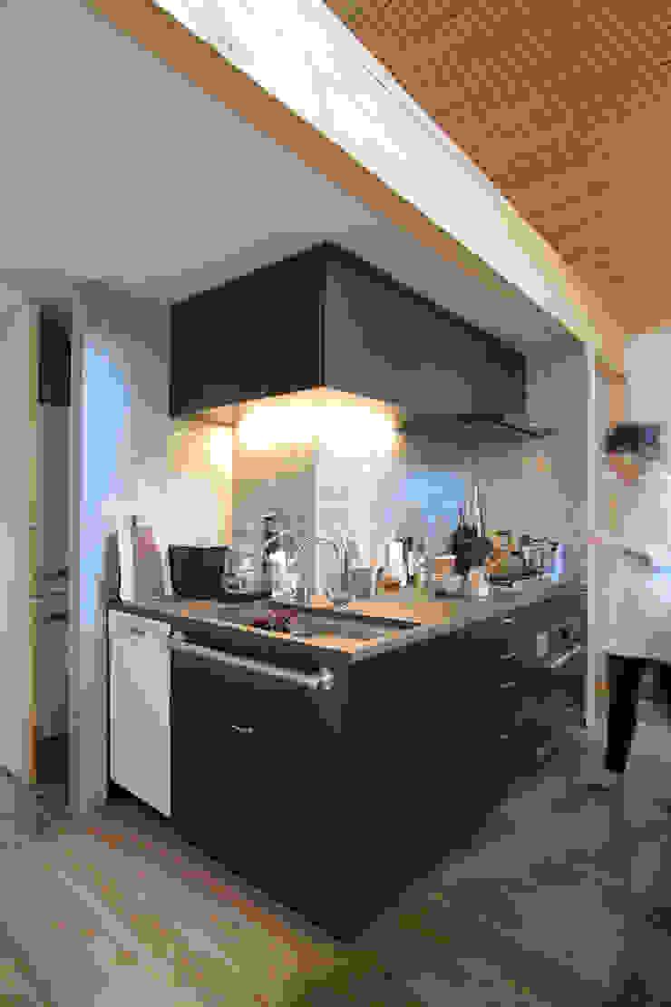 すわ製作所 Eclectic style kitchen