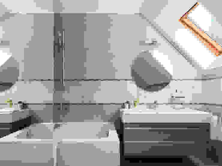 Baños de estilo moderno de Telnova Julia Moderno Cerámico