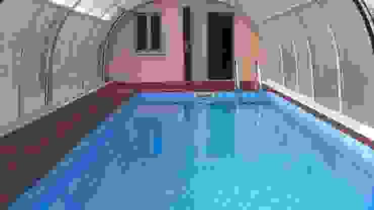 Moderne zwembaden van Aquazzura Piscine Modern