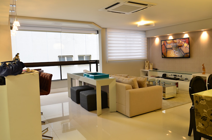 Roma Arquitetura Modern living room