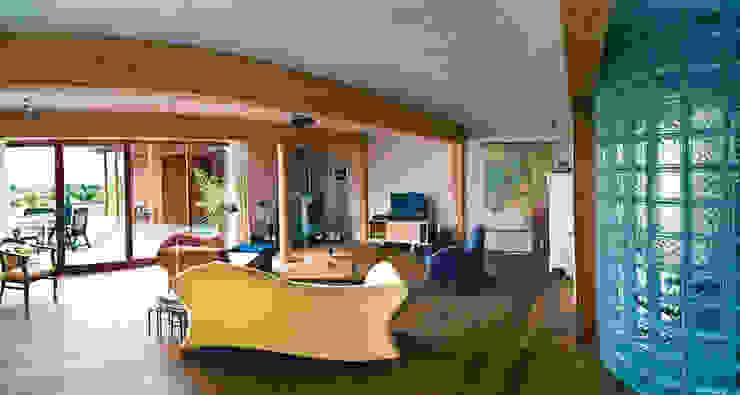 Villa Haren Moderne woonkamers van Architectenburo Holtrop Modern