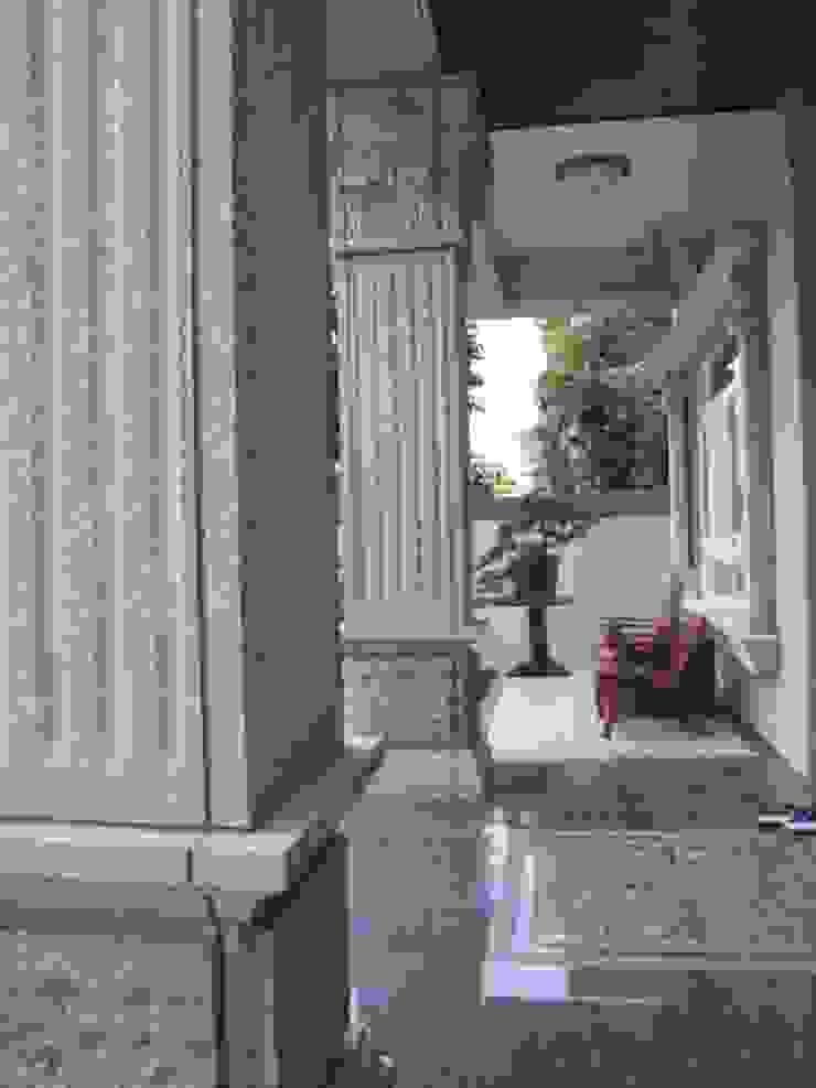 台南(陳公館)新建住宅 現代風玄關、走廊與階梯 根據 三月室內裝修設計有限公司 現代風