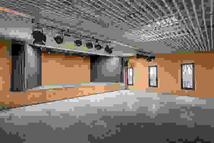 Pakula & Fischer Architekten GmnH Media room Wood