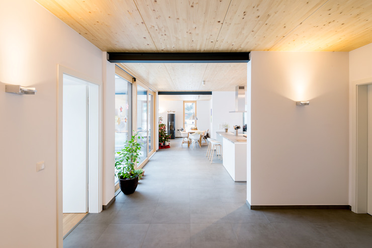 Corridor & hallway by sebastian kolm architekturfotografie