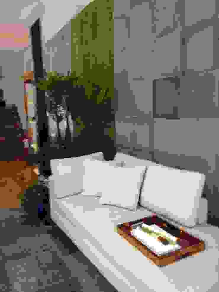 Samira Prado Moda Casa Living roomSofas & armchairs Textile White