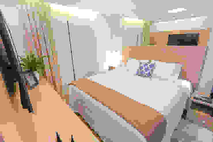 Camila Giongo Arquitetas Associadas - Decoração de Interiores ME Classic style bedroom Glass Beige