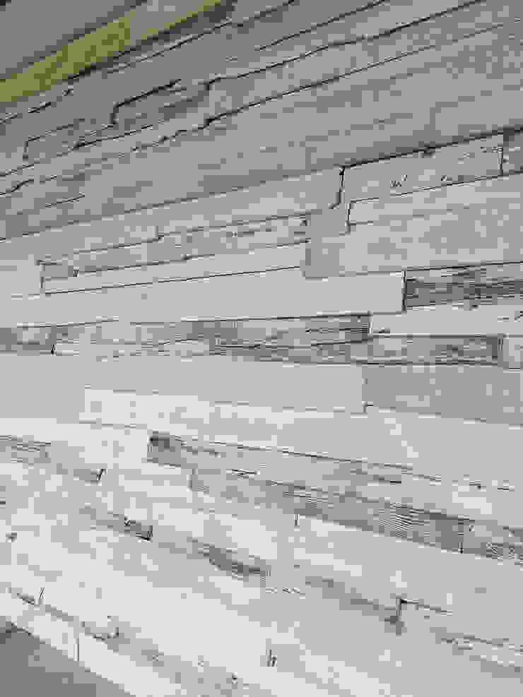 Jardines de invierno rústicos de FARBCOMPANY Rústico Madera Acabado en madera