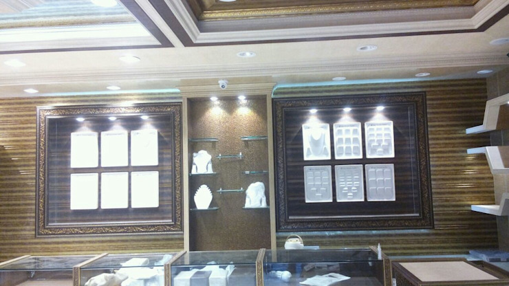 Jewellers Showroom: classic  by MARIA DECOR,Classic
