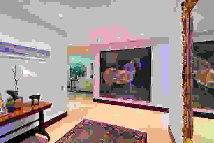 Casa 906 Pasillos, vestíbulos y escaleras de estilo moderno de Objetos DAC Moderno