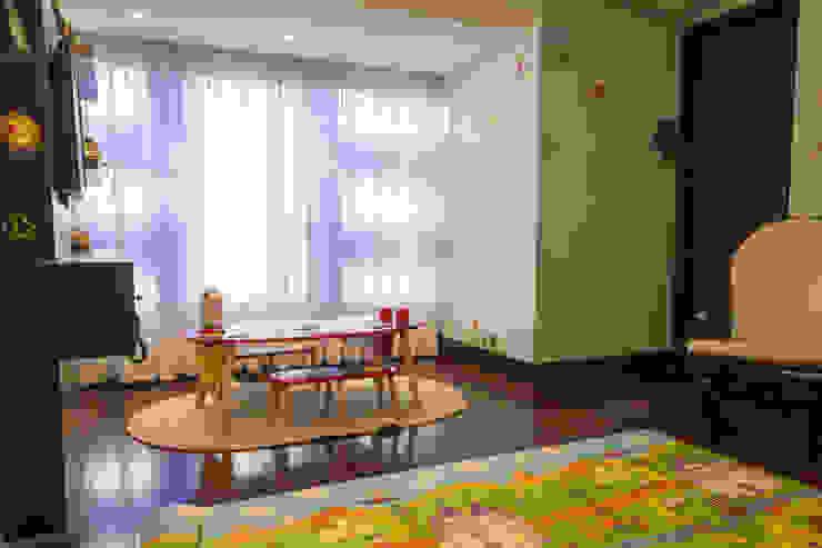 Casa 906 Cuartos infantiles de estilo moderno de Objetos DAC Moderno