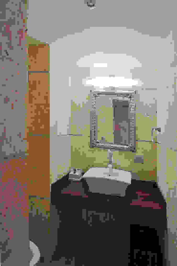 Casa 906 Baños de estilo moderno de Objetos DAC Moderno