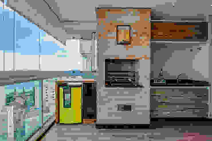 Terrazza in stile  di Marcia Debski Ferreira Designer de Interiores, Moderno