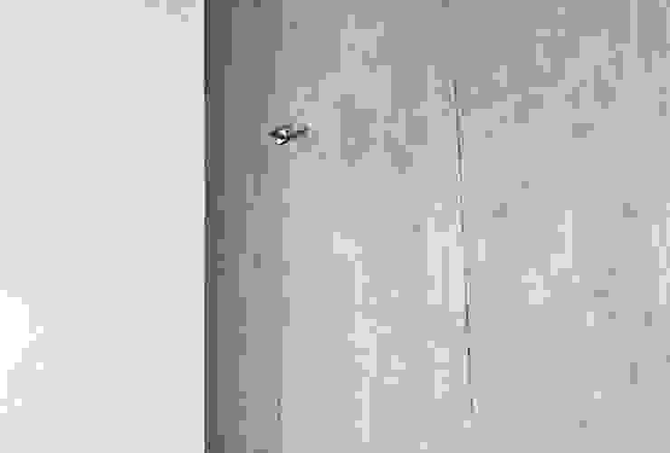 ミニマルな 窓&ドア の Aulaquattro ミニマル