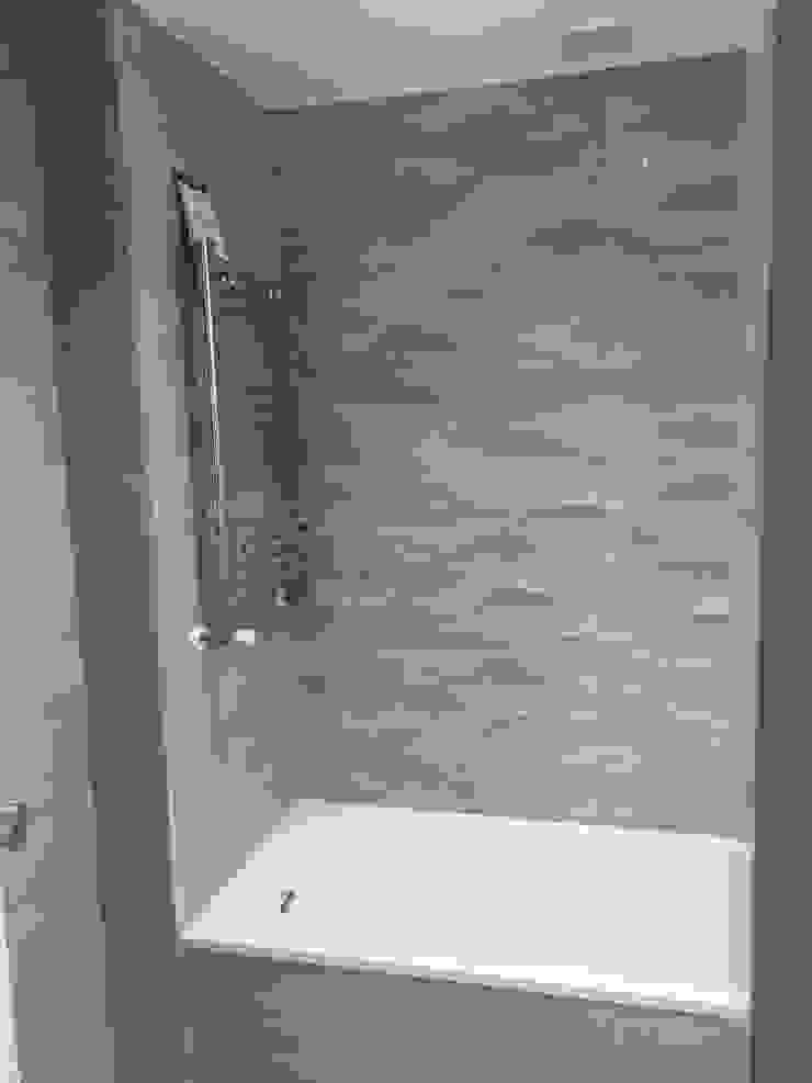 Baños revestido con Porcelanosa Grupo Procelco, s.l. Baños de estilo moderno