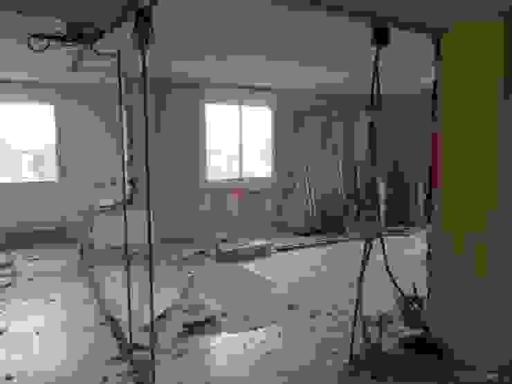 Demoliciones Grupo Procelco, s.l. Salones de estilo moderno