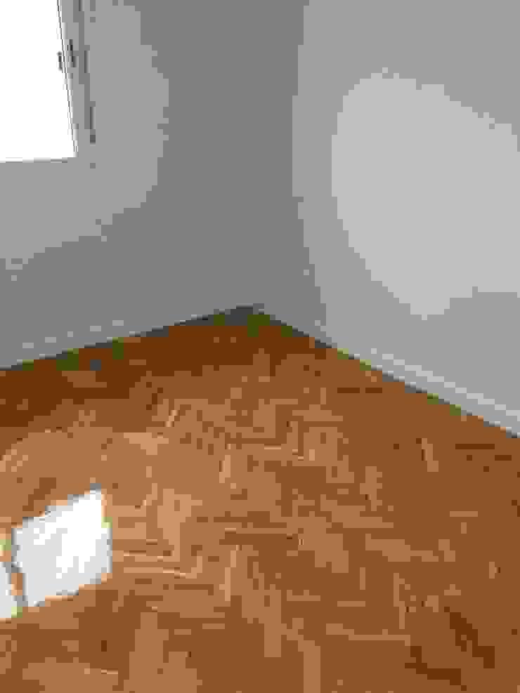 Acuchillado de suelos Grupo Procelco, s.l. Dormitorios de estilo moderno