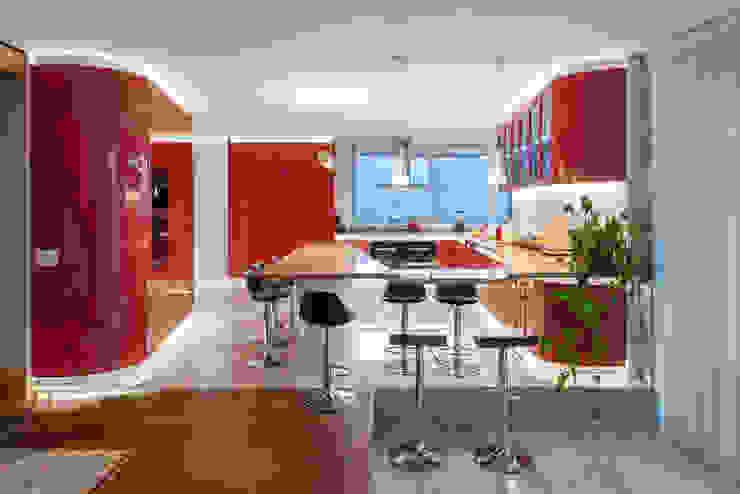 Casa Chamisero Cocinas de estilo moderno de GITC Moderno