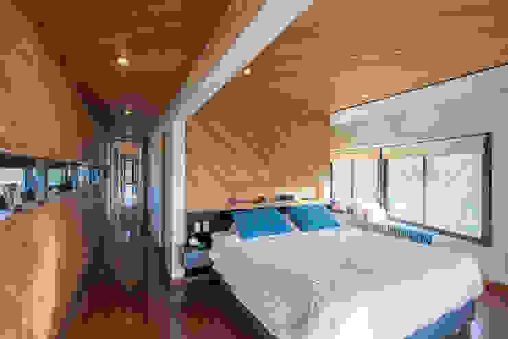 Casa Rosales Quijada Dormitorios de estilo moderno de GITC Moderno
