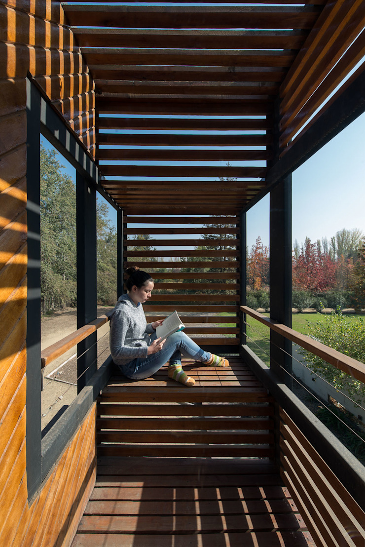 Casa Rosales Quijada Balcones y terrazas modernos de GITC Moderno