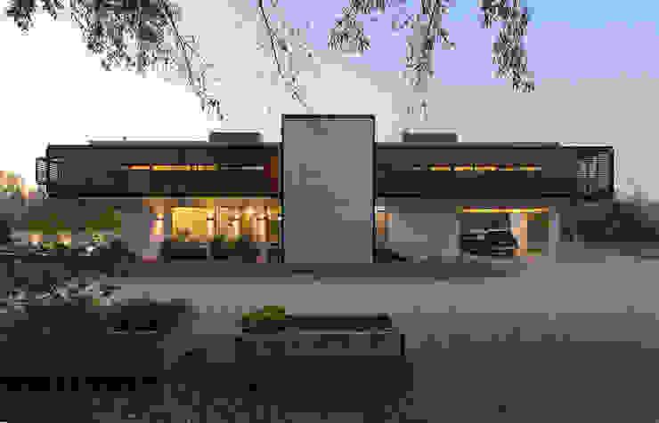 Casas modernas: Ideas, imágenes y decoración de GITC Moderno