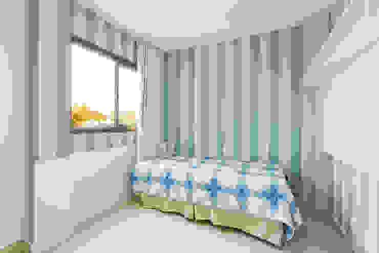 Classic style bedroom by Milena Teixeira - Arquitetura, Urbanismo e Sustentabilidade Classic