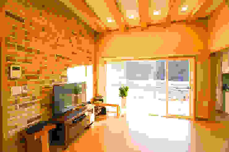 꿈애하우징 Mediterranean style living room