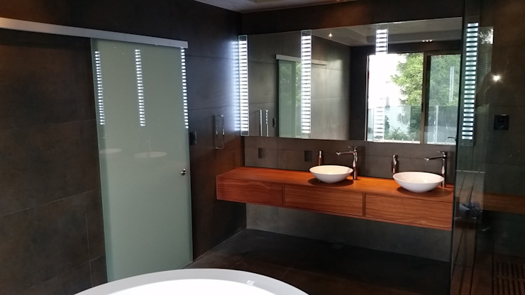 Mueble de baño. Baños modernos de ebanisART Espacio y Concepto Moderno