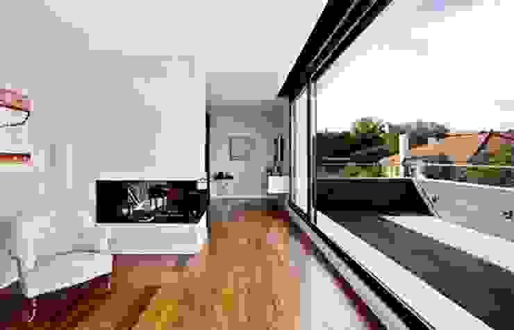 Dormitorio Principal con vistas a la sierra Grupo Procelco, s.l. Dormitorios de estilo moderno