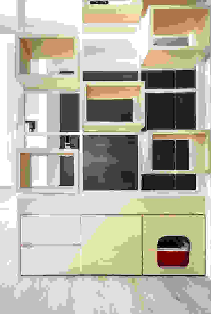 Modern living room by 觀林設計 Modern