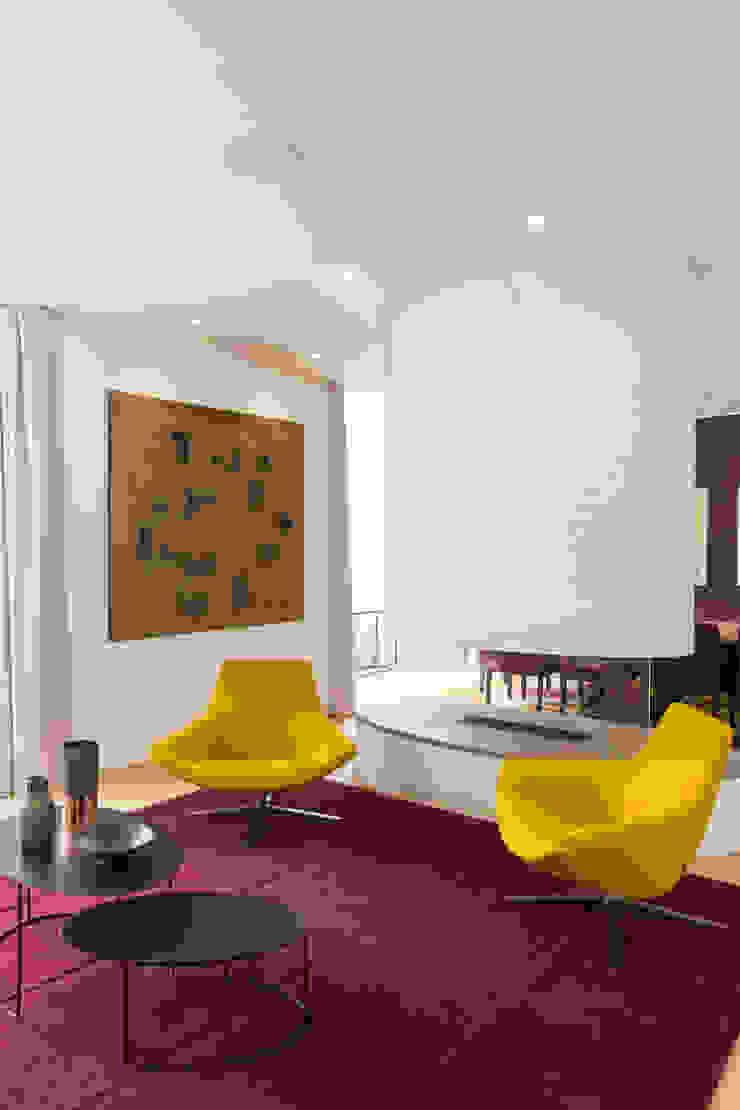 Reception Modern Living Room by Studio Mark Ruthven Modern