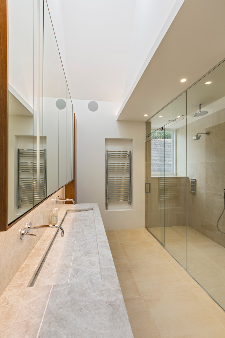 Bathroom Modern Bathroom by Studio Mark Ruthven Modern