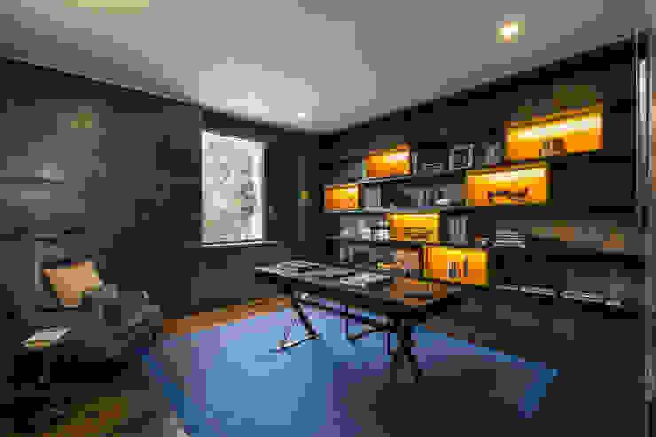 Study Modern study/office by Studio Mark Ruthven Modern