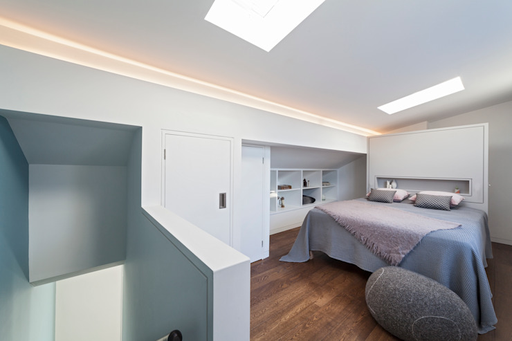 Bedroom Minimalist bedroom by Studio Mark Ruthven Minimalist