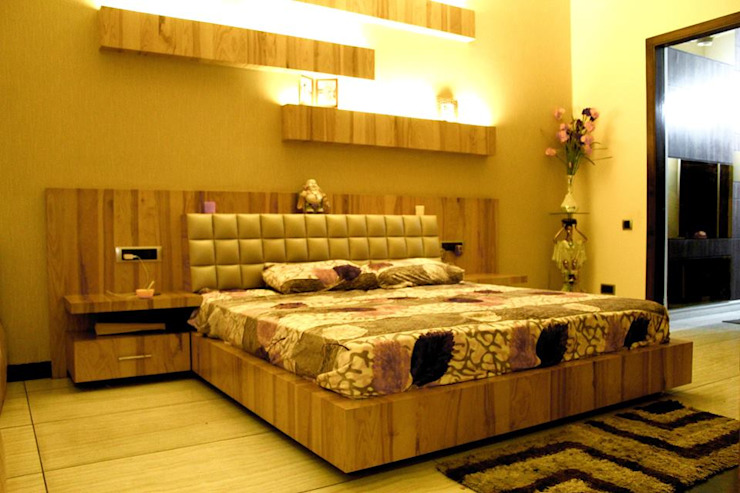 RESIDENCE : AMRITSAR Modern Bedroom by TULI ARCHITECTS AND ENGINEERS Modern Engineered Wood Transparent