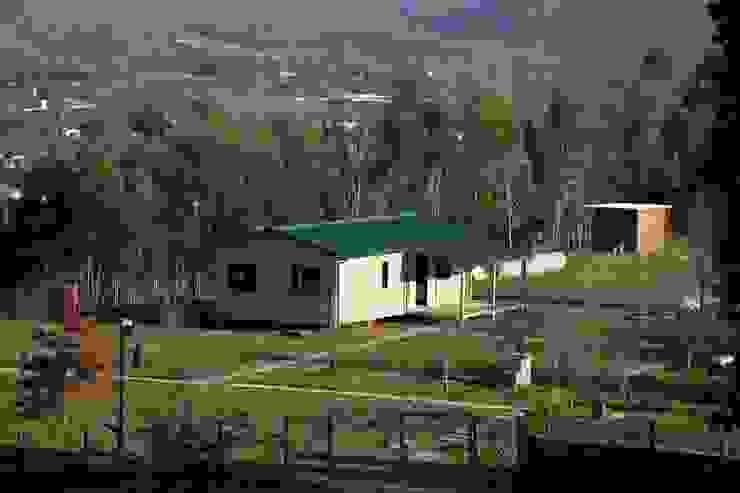 Houses by Cosquel, Sociedade de Construções Lda, Country