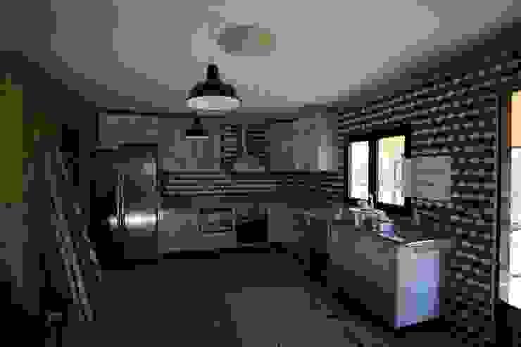 Casas pré fabricadas Cozinhas campestres por Cosquel, Sociedade de Construções Lda Campestre