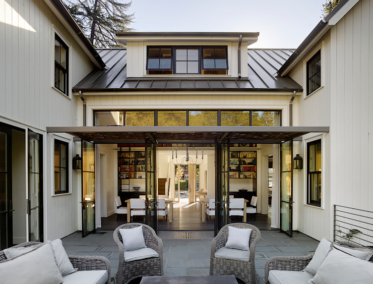 The Grange Classic style houses by Feldman Architecture Classic