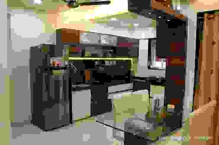 3bhk I - design interior designer's Modern kitchen Plywood Brown