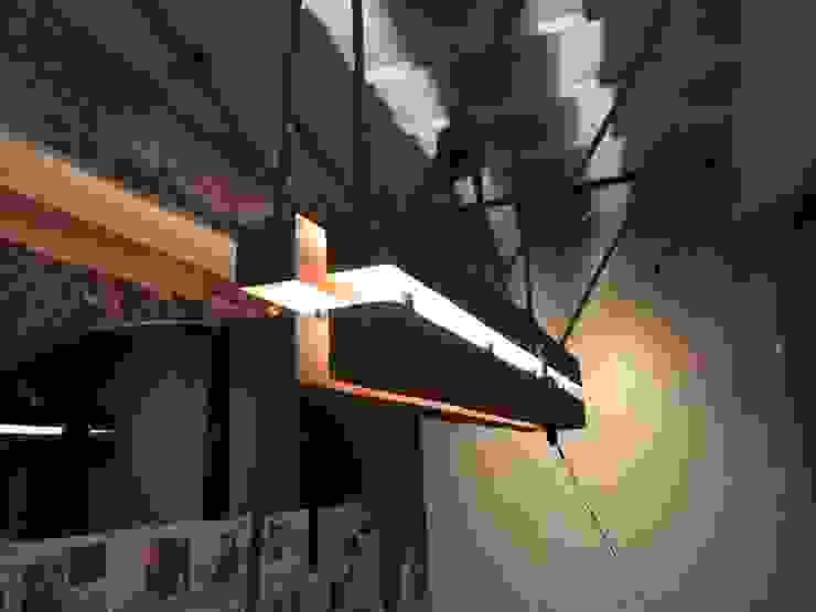 Eiken lamp Industriële eetkamers van WE-Maatdesign Industrieel Hout Hout