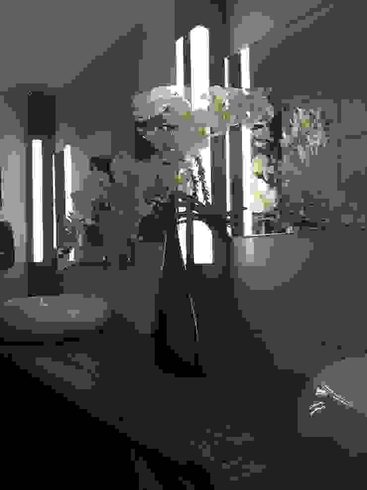 Industrial style bathroom by WE-Maatdesign Industrial Wood Wood effect