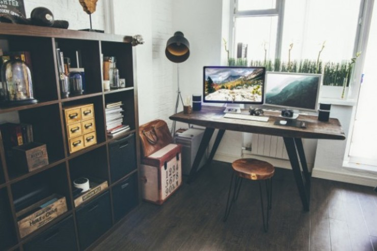 Cocooninberlin Industrial style study/office