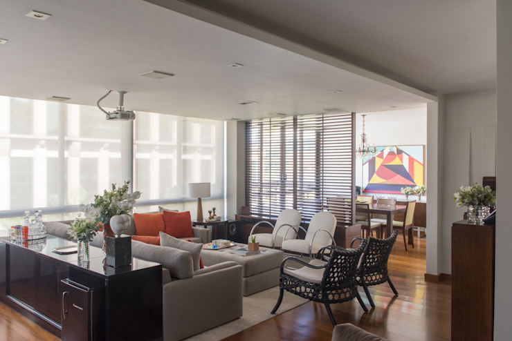 Danyela Corrêa Arquitetura Modern Living Room Wood Wood effect