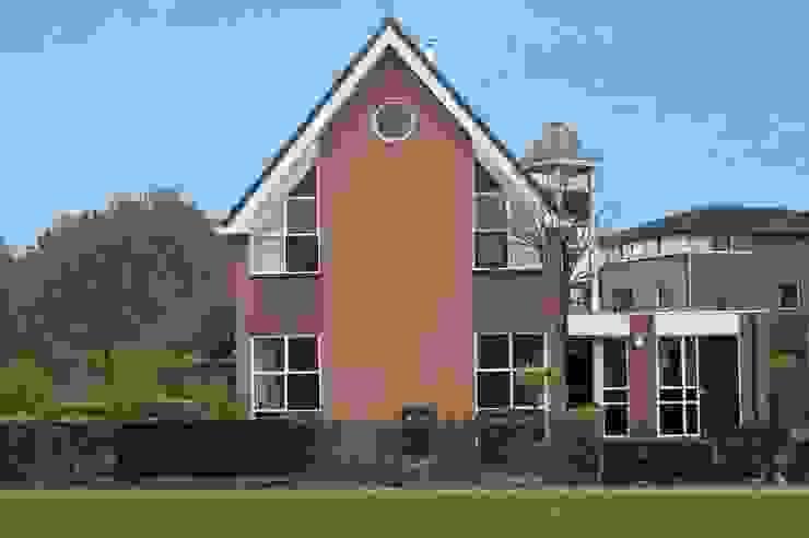 Modern houses by Gradussen Bouwkunst & Interieurarchitectuur BNA BNI Modern