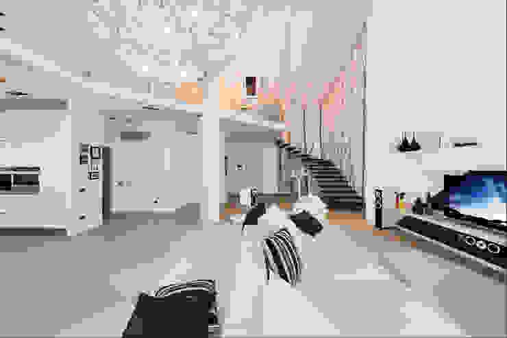 Annalisa Carli Modern Koridor, Hol & Merdivenler Masif Ahşap Beyaz