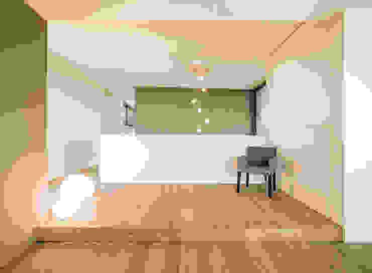 Modern Corridor, Hallway and Staircase by meier architekten zürich Modern