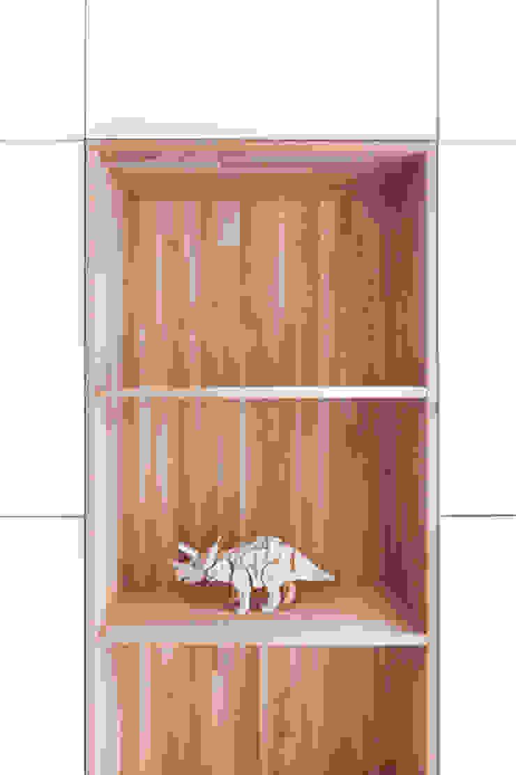 Design Studio Nu Soggiorno minimalista Legno Effetto legno